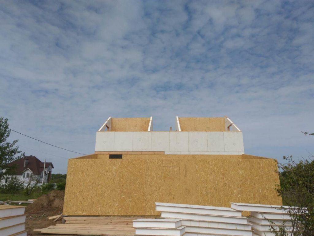 Постройка дома из-сип-панелей 191 м2 в селе Новое - фото 1