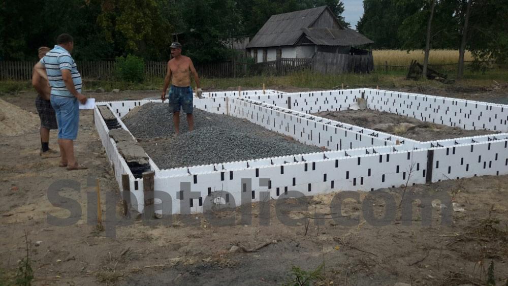 Фундаментные работы по строительству каркасного дома из СИП/SIP панелей - фото 3