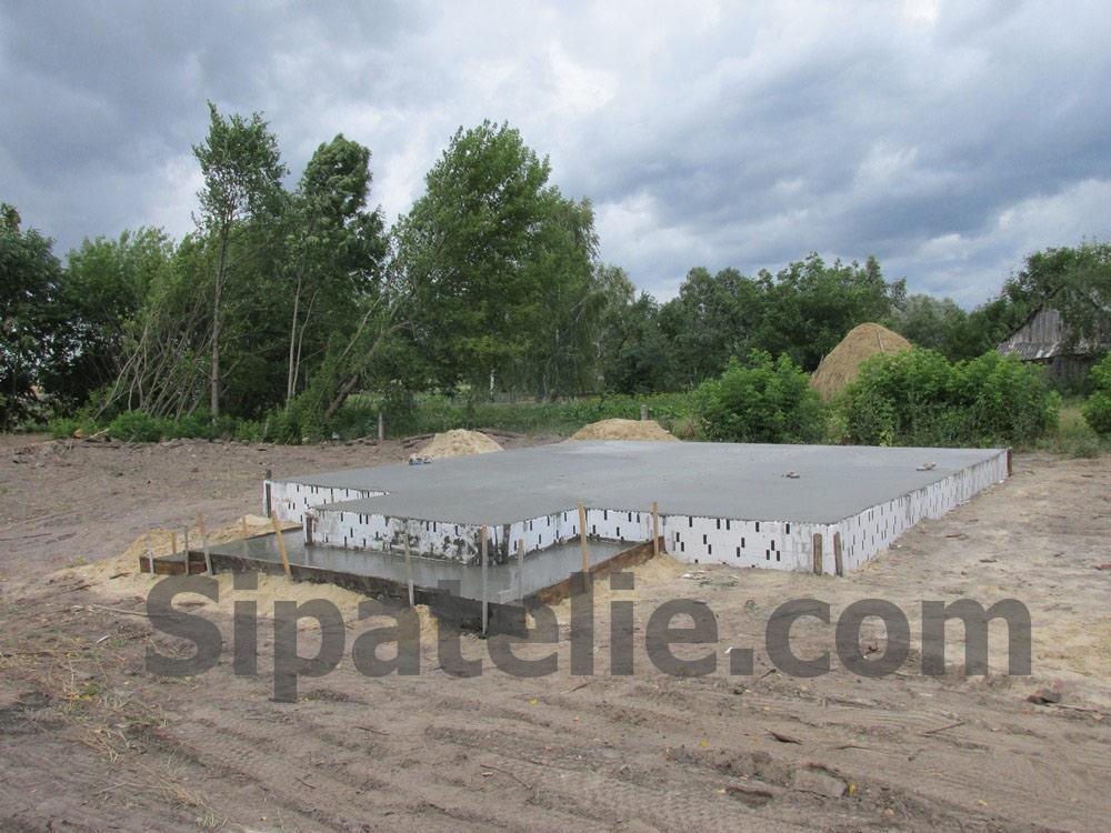 Фундаментные работы по строительству каркасного дома из СИП/SIP панелей - фото 6