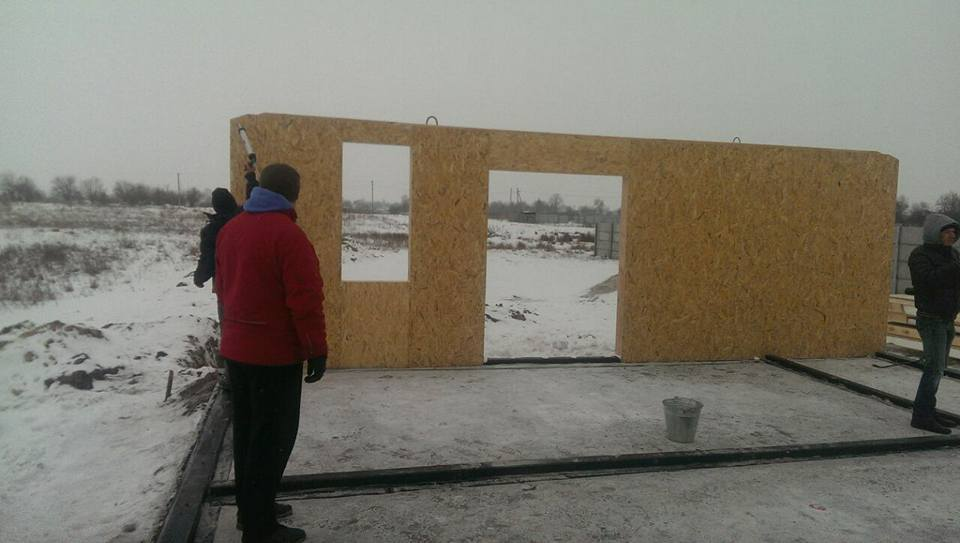 Сборка дома из сип панелей 73 кв.м. для молодой семьи в с. Рогозов - фото 2