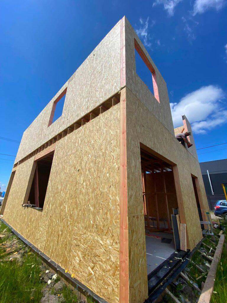 строительствово дома в КГ Межречье