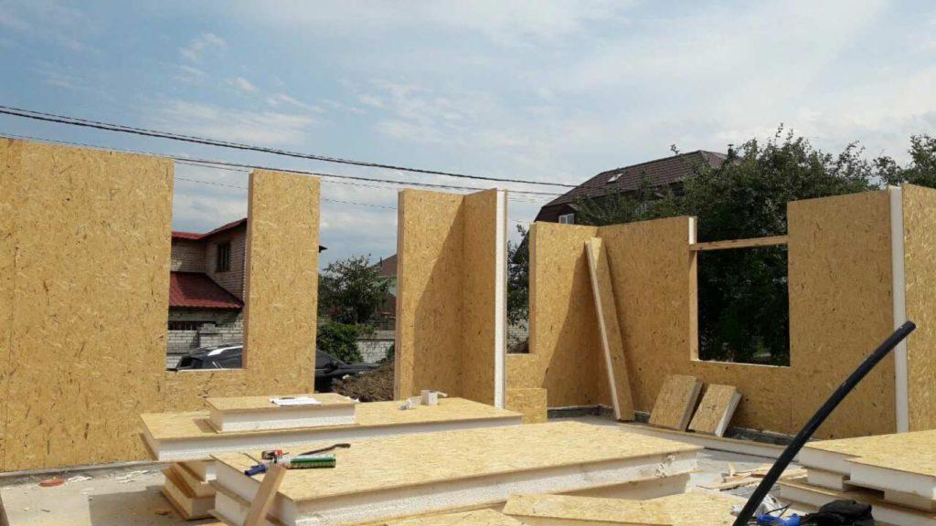 Монтаж дома из сип панелей с зимним садом на крыше - фото 5