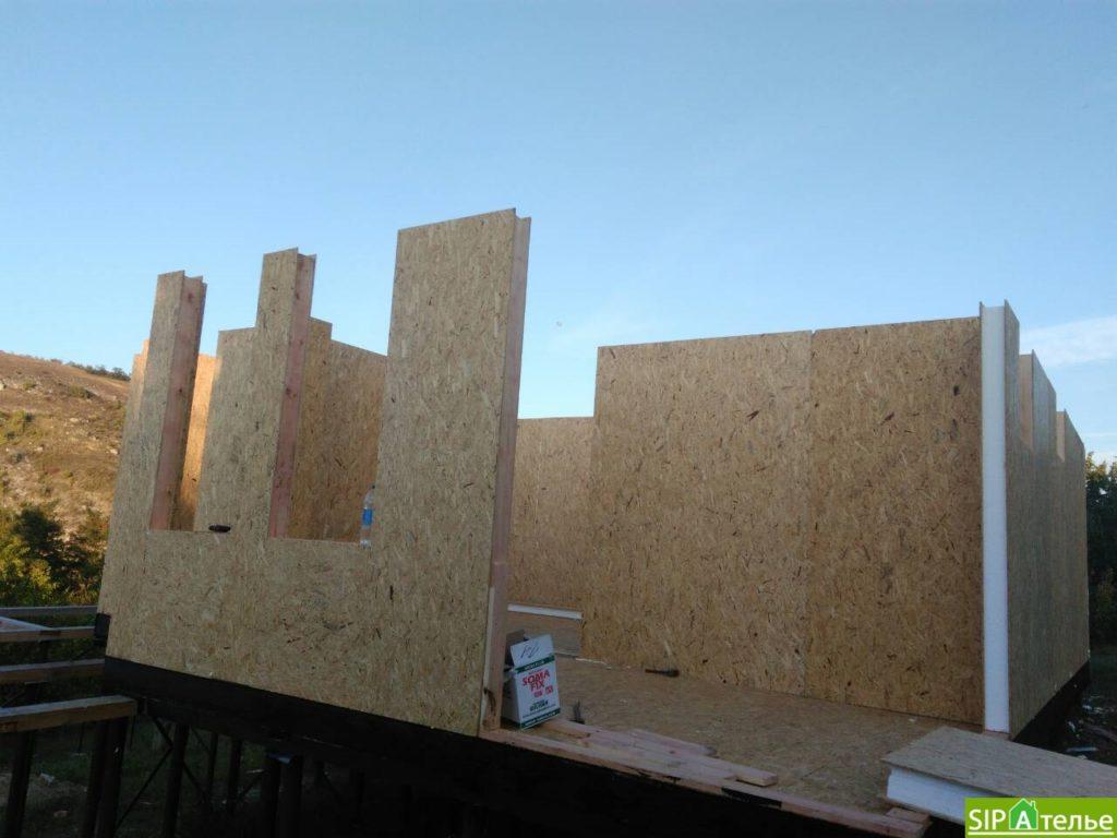 Монтаж домокомплекта двухжтажного дома с террасой из сип панелей - фото 10