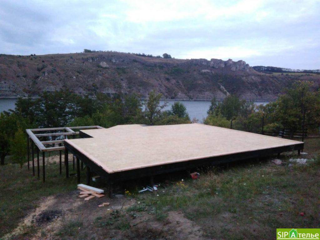 Монтаж домокомплекта двухжтажного дома с террасой из сип панелей - фото 18
