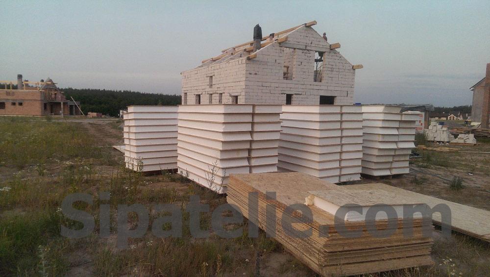 Монтаж крыши из СИП/SIP панелей на доме из газобетона - фото 10