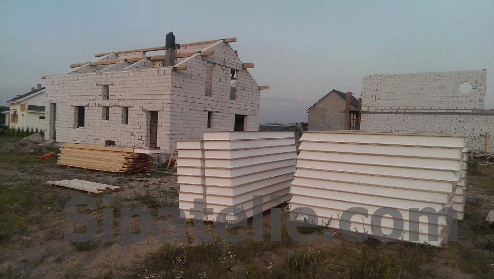 Монтаж крыши из СИП/SIP панелей на доме из газобетона - фото 9
