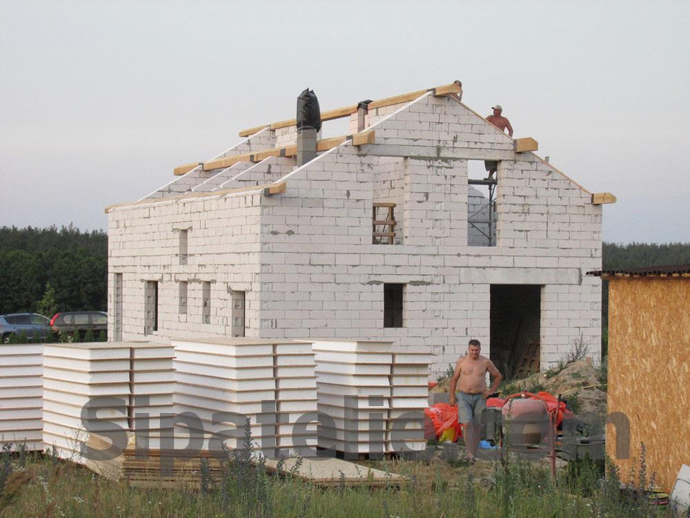 Монтаж крыши из СИП/SIP панелей на доме из газобетона - фото 8