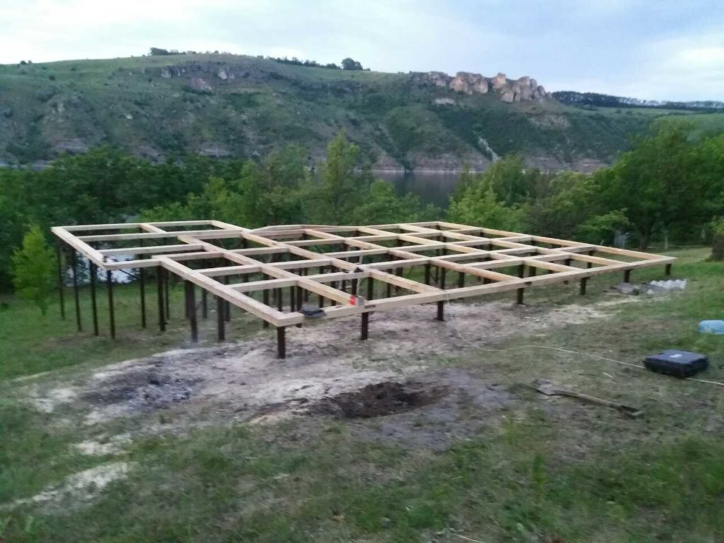 Монтаж свайного фундамента в Черновицкой области - фото 3