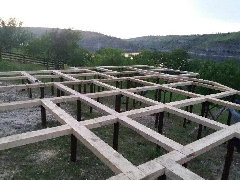 Монтаж свайного фундамента в Черновицкой области - фото 1
